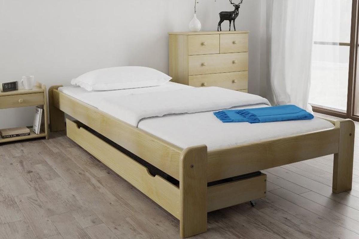 Laura Fenyő ágy